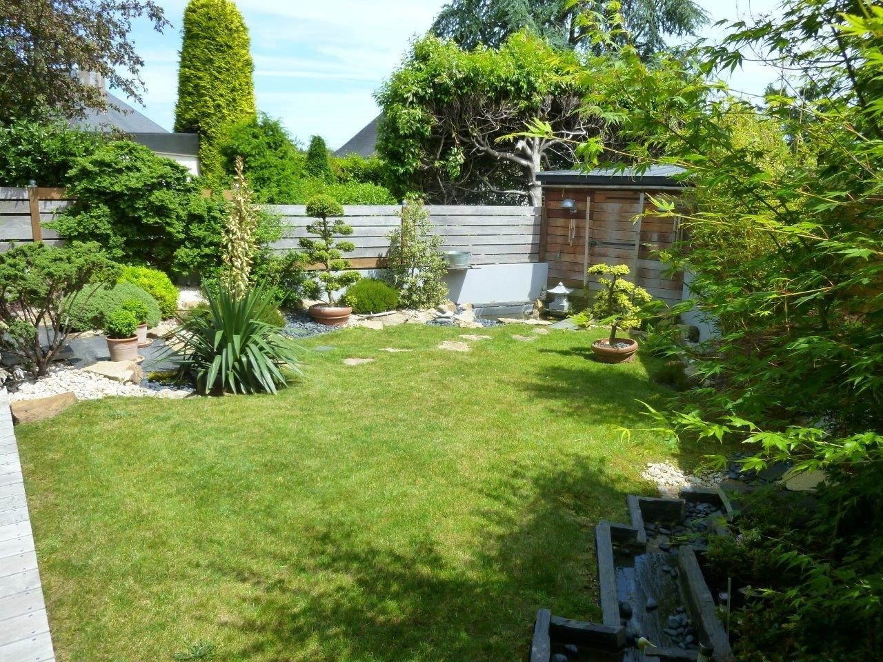 Idee Amenagement Petit Jardin Concept - Idees Conception Jardin avec Aménagement D Un Petit Jardin De Ville