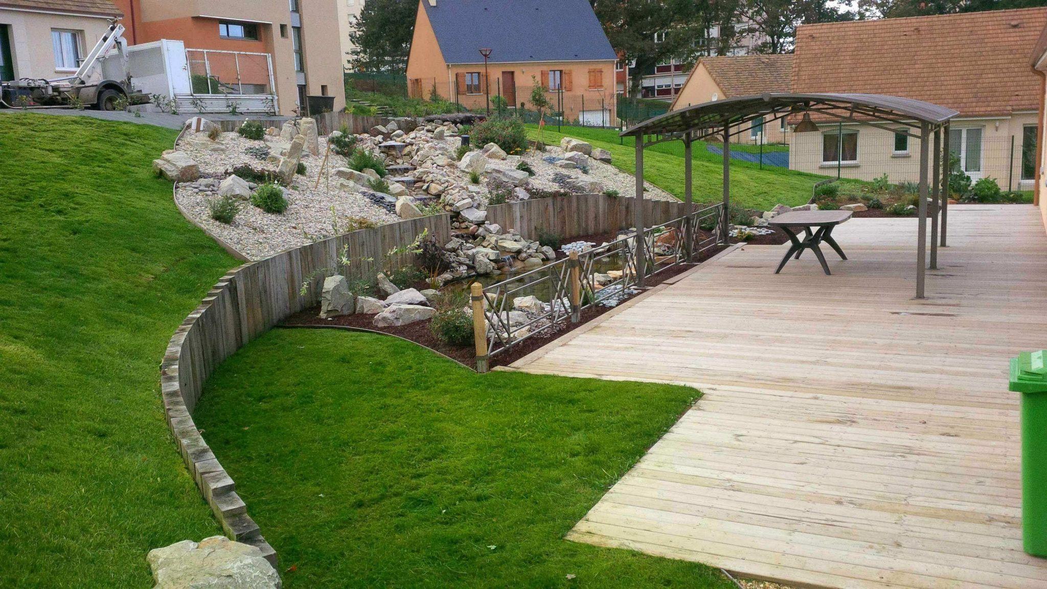 Idee Bordure Jardin Magnifique Bordure Ardoise Jardin ... pour Idée Allée De Jardin