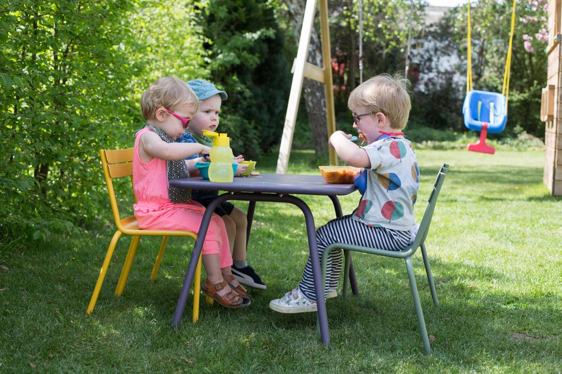Idées Cadeaux - Enfants De 2 Ans - La Cabane Au Bout Du Jardin dedans Salon De Jardin Pour Enfant