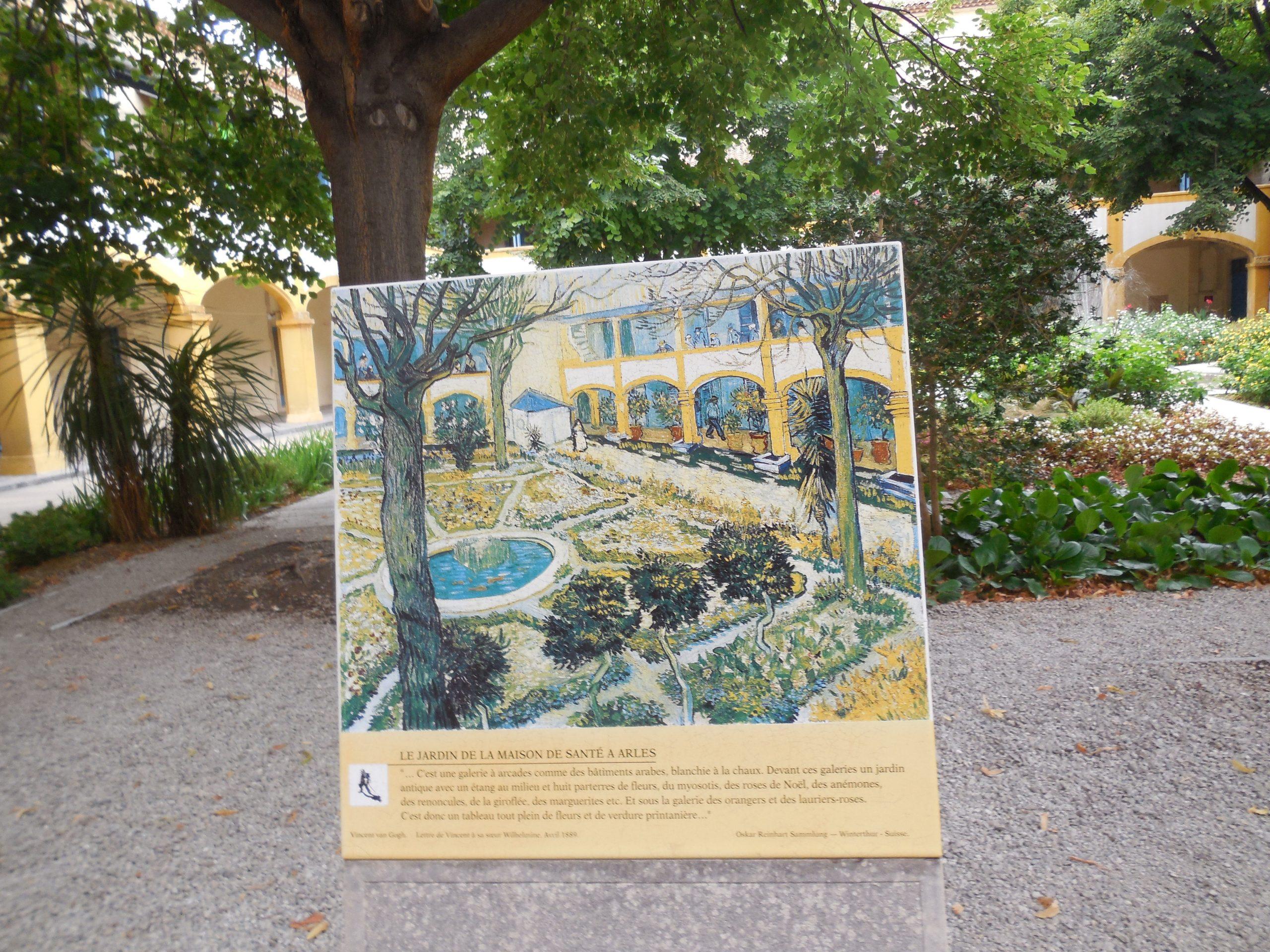 In And Around France – Ramnik Parekh intérieur Chaux Jardin