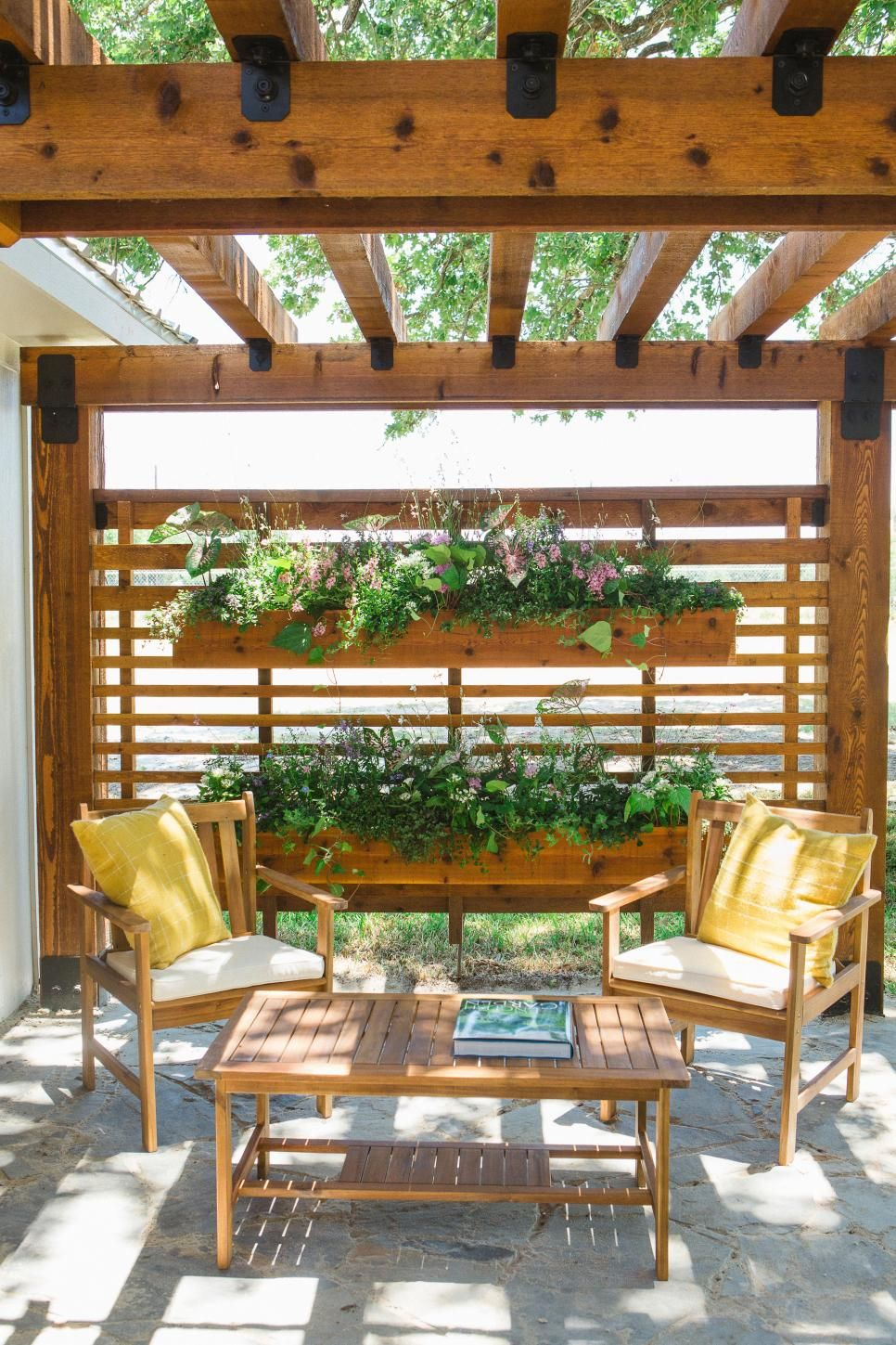 In One Of Their Biggest Challenges Yet In Terms Of ... destiné Pergola Castorama Jardin
