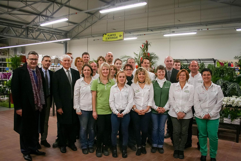 Inauguration Du Gamm Vert De Cappelle-La-Grande - Groupe Advitam intérieur Gamm Vert Salon De Jardin