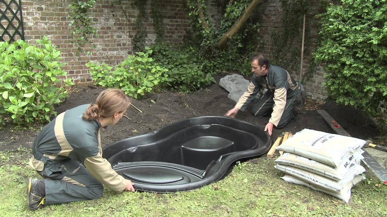 Installation Of A Ready-Made Pond   Bahçe Duşu, Bahçecilik ... tout Bassin Jardin Préformé