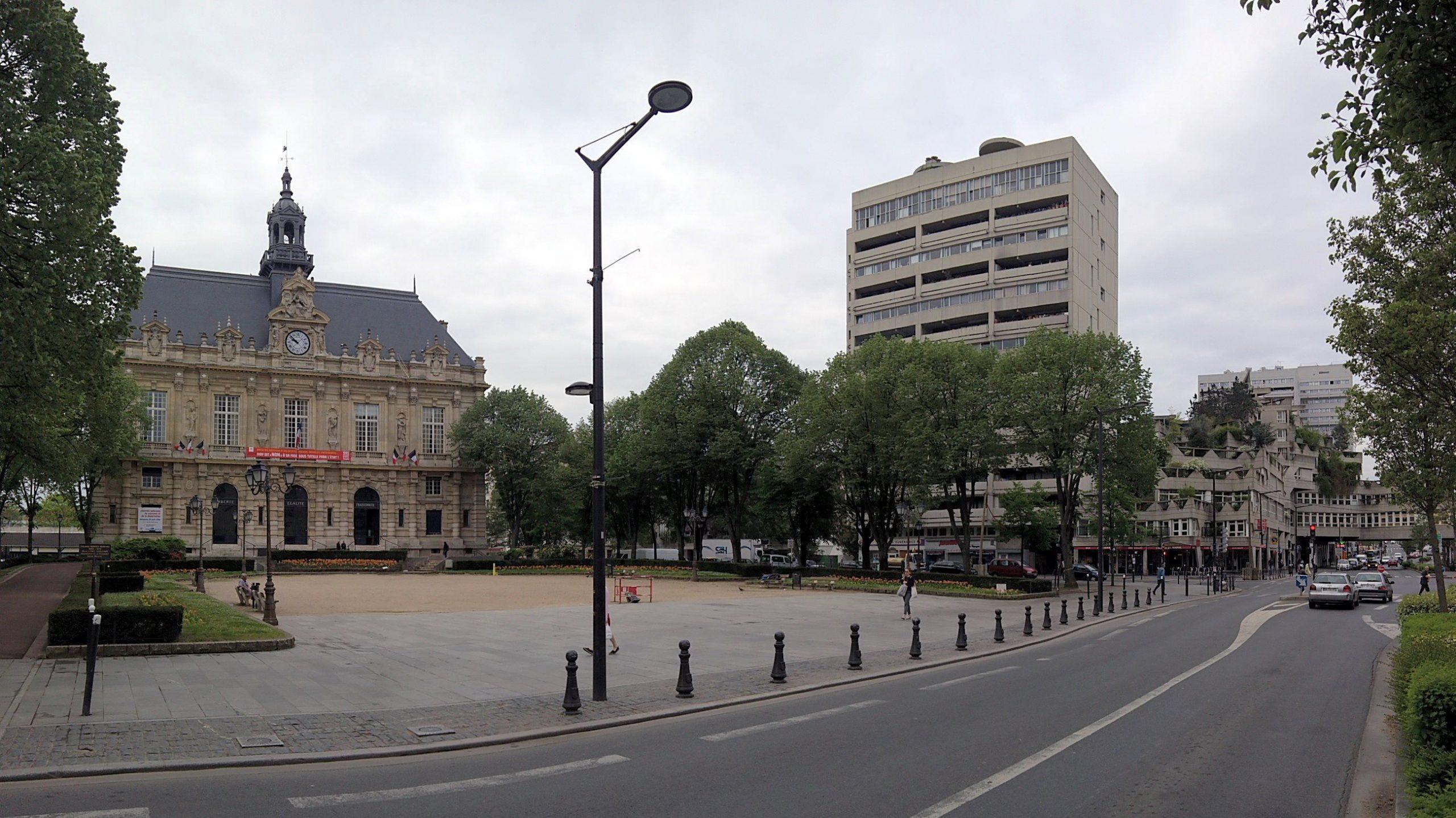 Ivry-Sur-Seine — Wikipédia tout Incinérateur De Jardin Leroy Merlin