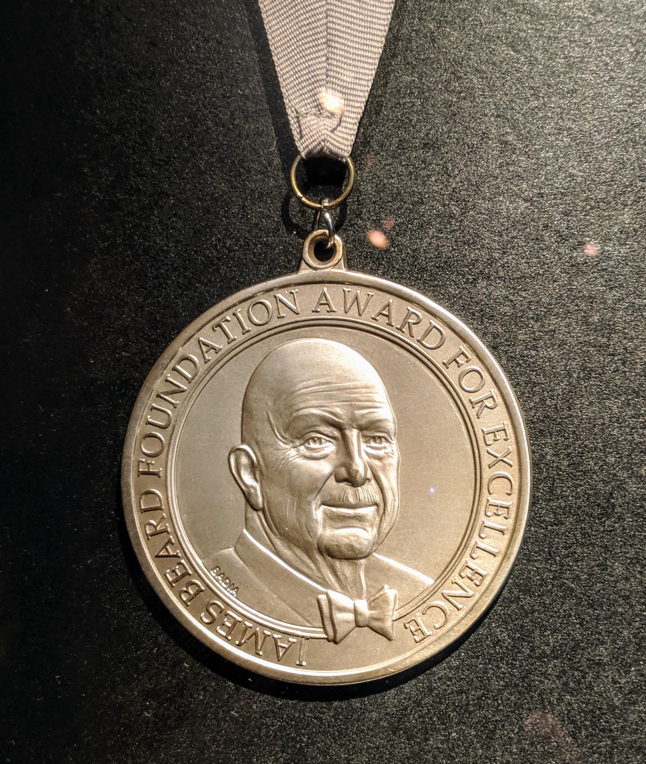 James Beard Foundation Award - Wikipedia tout Bon Coin Table De Jardin