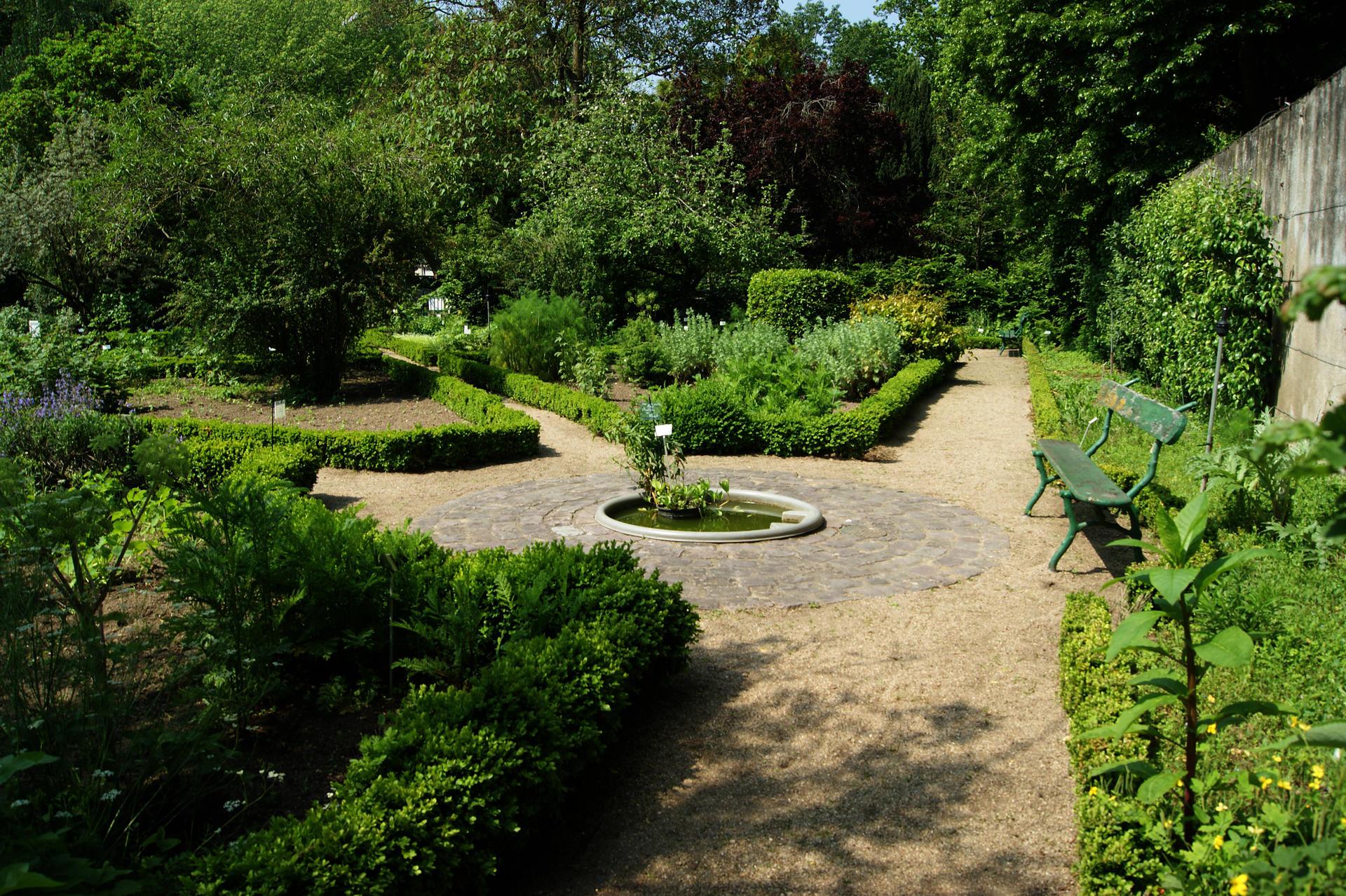 Jardin Botanique - Site Officiel De La Ville De Tours serapportantà Jardin Botanique Emploi