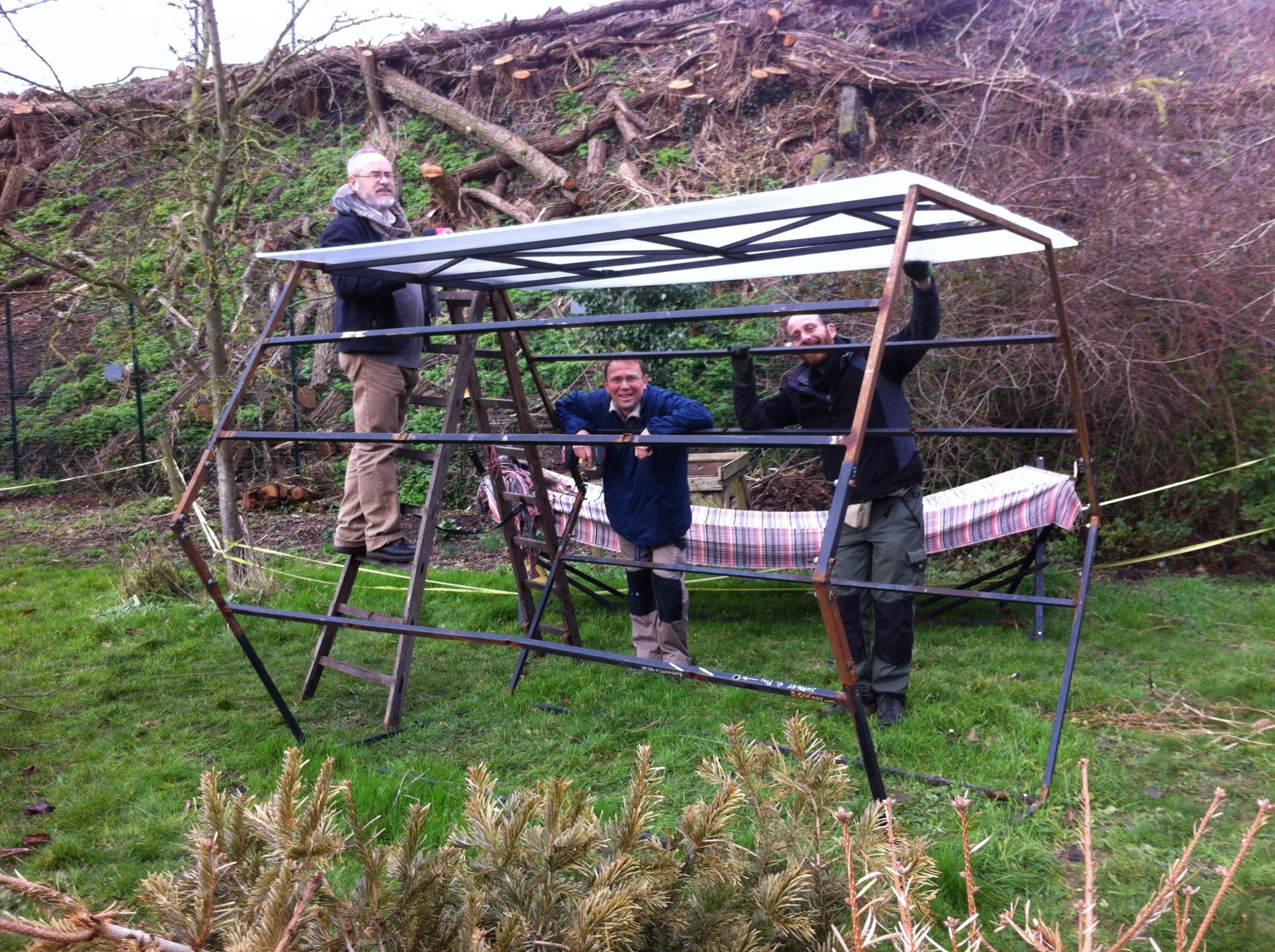 Jardin De Traverse :comment Fabriquer Une Serre De Jardin En ... destiné Fabriquer Serre De Jardin Polycarbonate
