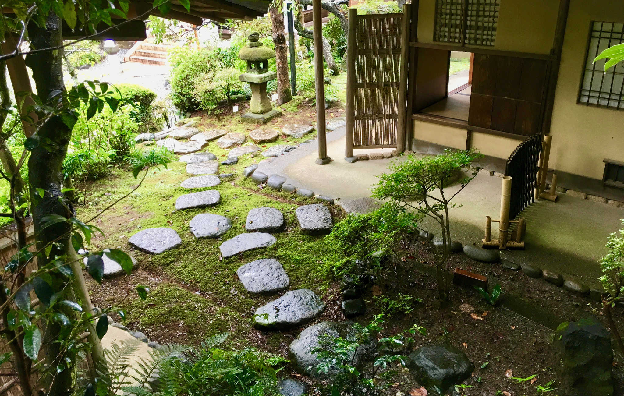 Jardin Des Maisons Japonaises Et L'esprit Du Zen à Construction Jardin Japonais