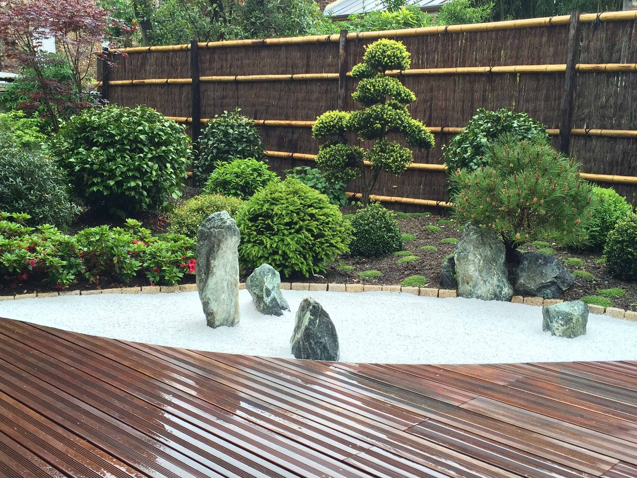 Jardin Japonais Rouge Vue Du Jardin Sec | Jardins, Petit ... avec Creation Jardin Japonais