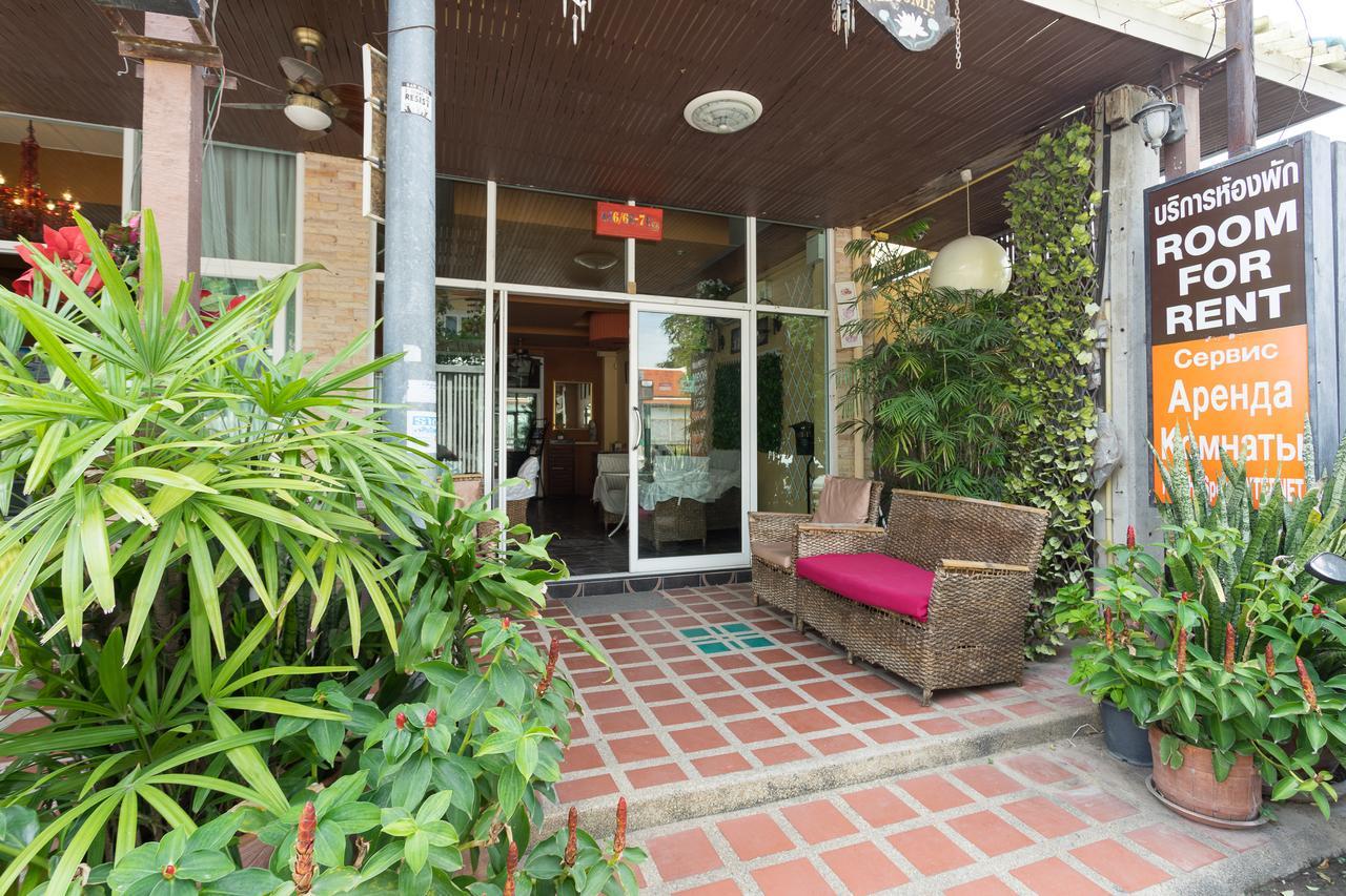 Jardin, Pattaya South - Website : Book From $16 dedans Location Maison Avec Jardin 34