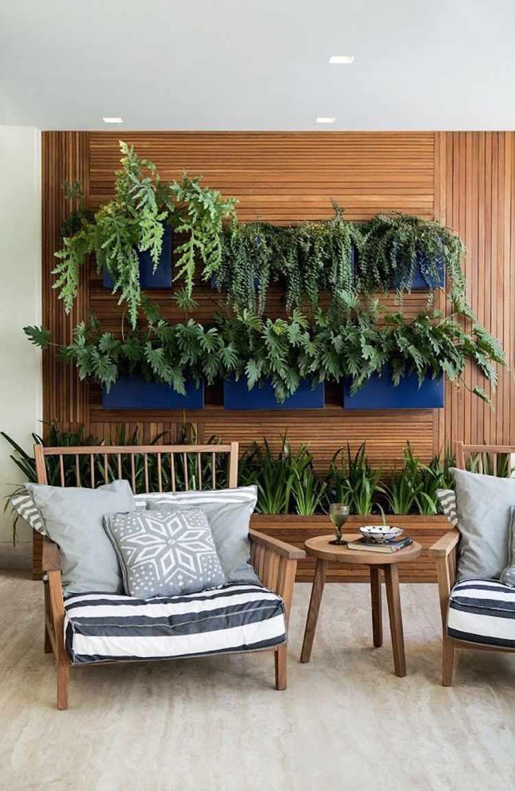 Jardin Vertical Au Balcon – Aménager Sa Petite Oasis De Verdure à Petit Salon De Jardin Pour Balcon