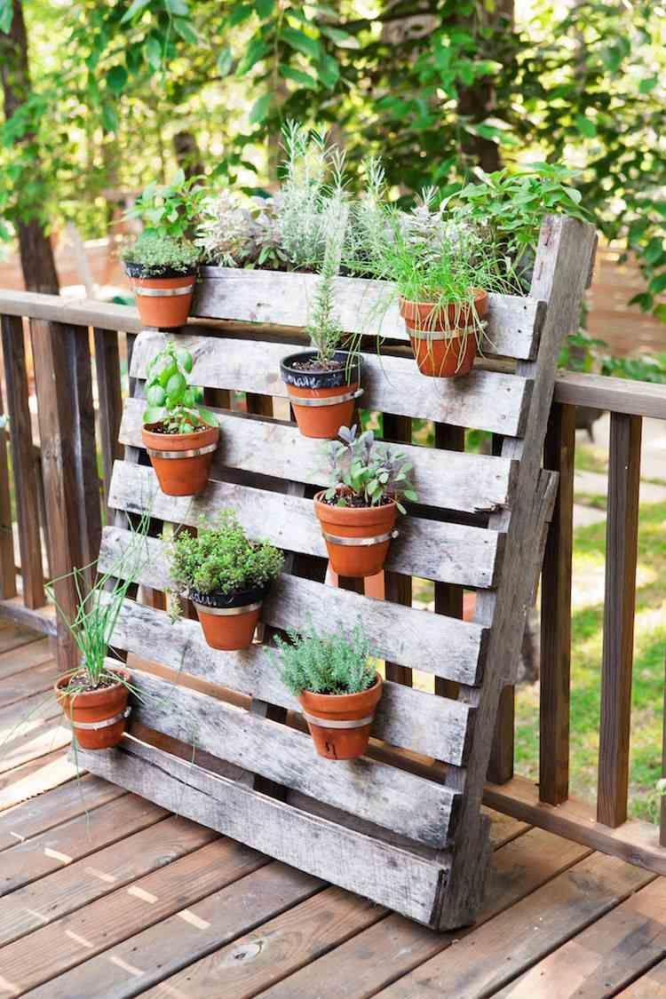 Jardin Vertical Palette – Des Conseils Pour Réussir La ... concernant Idee De Plantation Pour Jardin