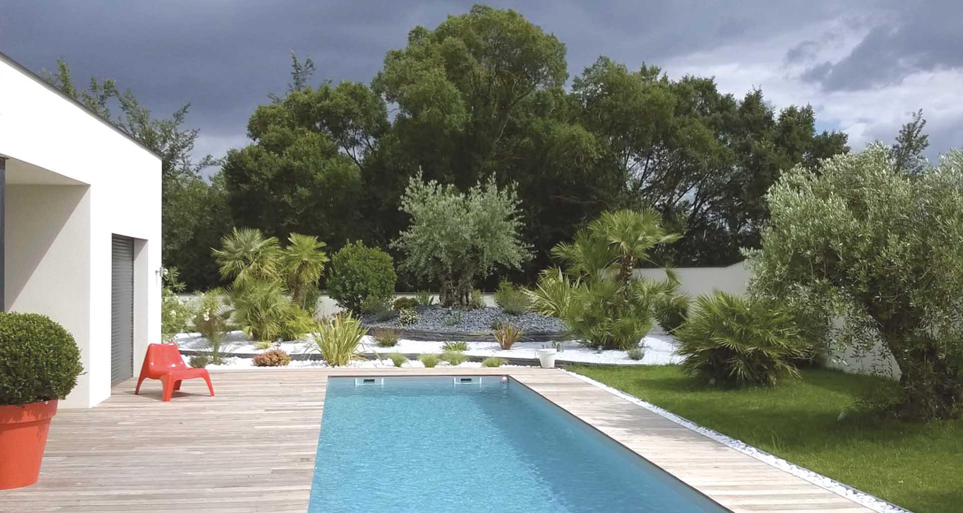 Jardinerie Des Tropiques | A Muret Et Labarthe : Pierres ... concernant Jardin Avec Galets Blancs