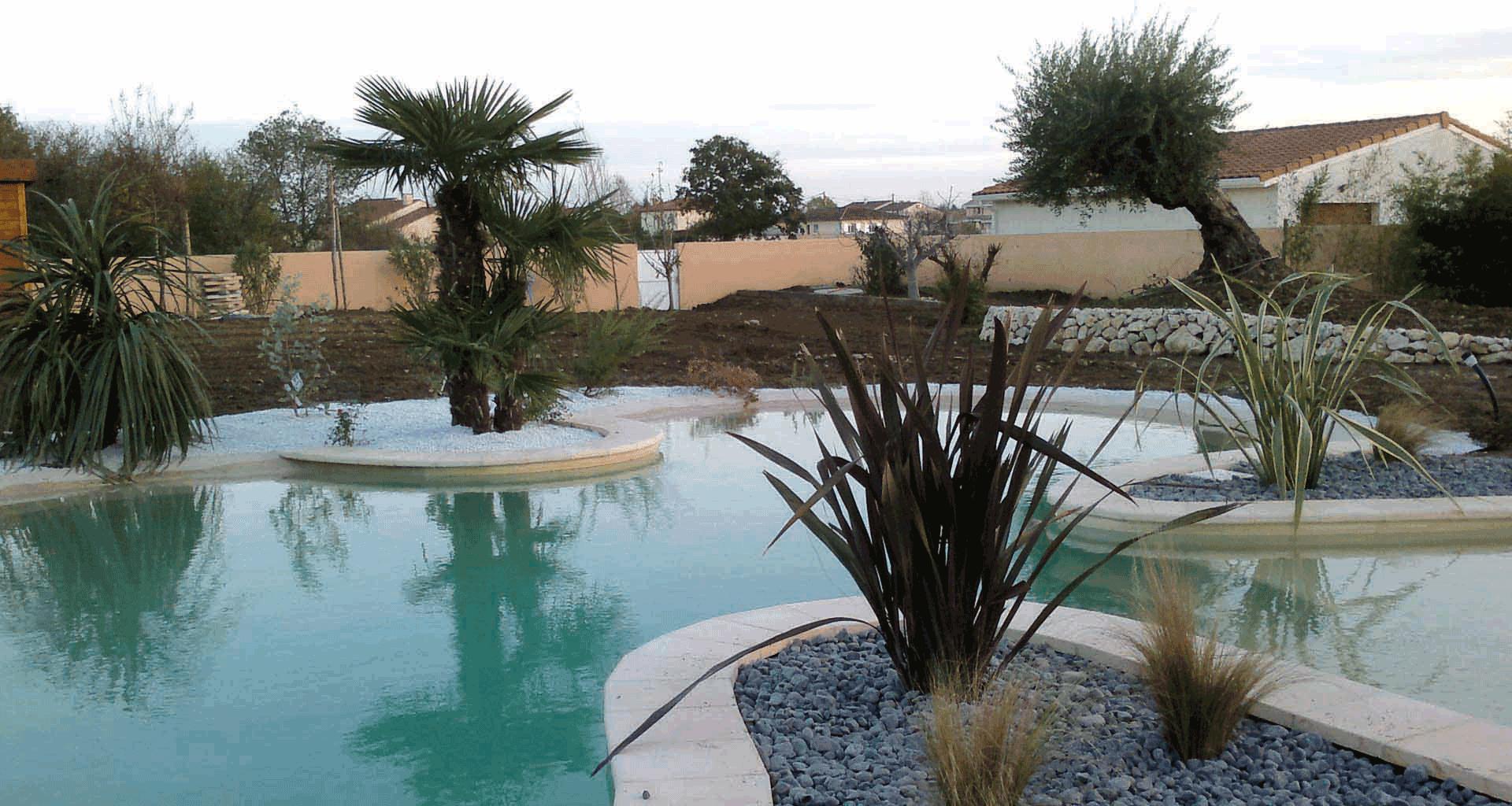 Jardinerie Des Tropiques | A Muret Et Labarthe : Pierres ... intérieur Jardin Avec Galets Blancs