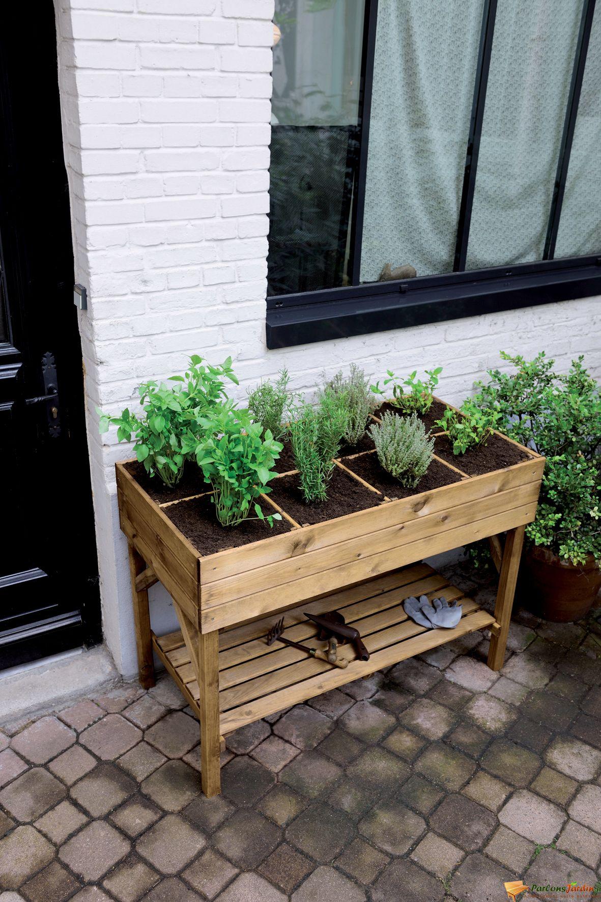 Jardinière Haute Décoratrice. | Jardiniere Haute, Potager ... dedans Jardin Surélevé Bois