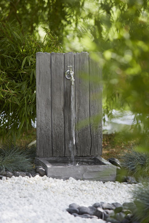 Je Veux Une Fontaine Dans Mon Jardin - M6 Deco.fr encequiconcerne Construire Fontaine De Jardin