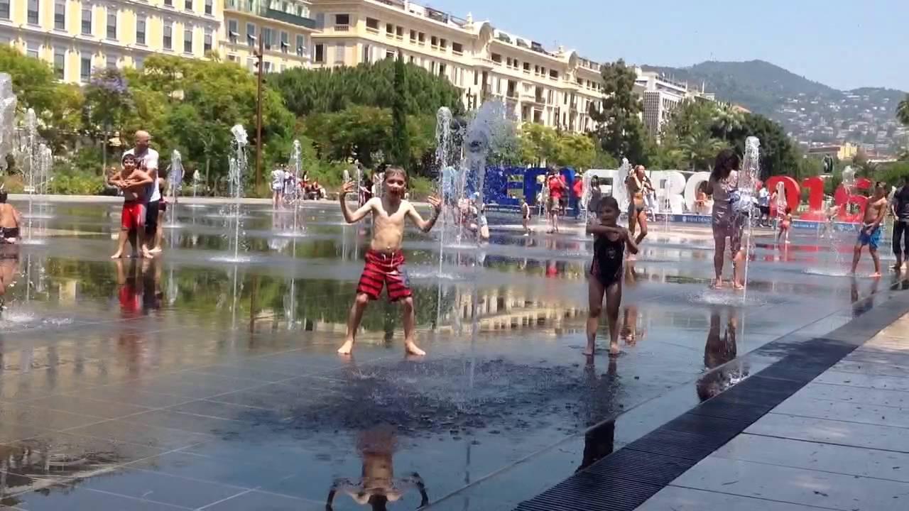 Jeux D'eau À Nice - à Jeux D Eau Jardin