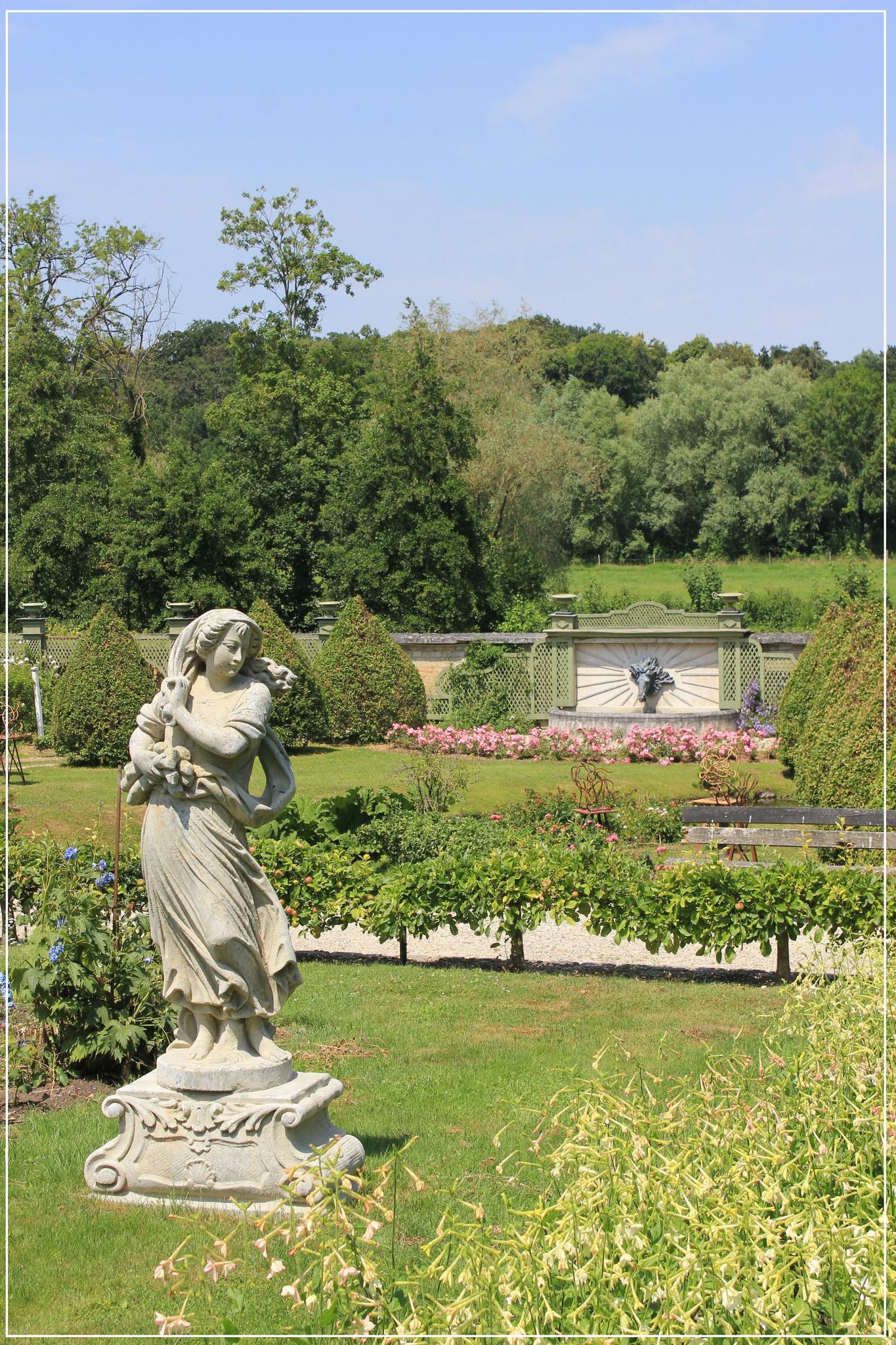 La Balade Du Dimanche - Le Tourbillon D'la Vie pour Statues De Jardin Occasion