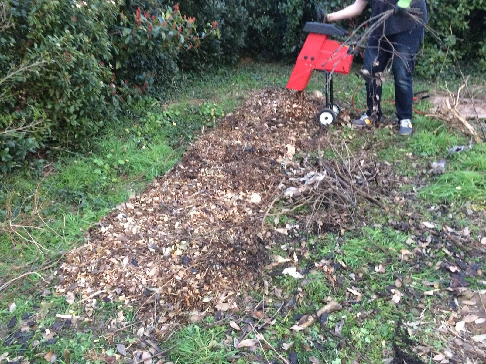 La Grande Maison: Mars 2016 pour Copeaux De Bois Pour Jardin