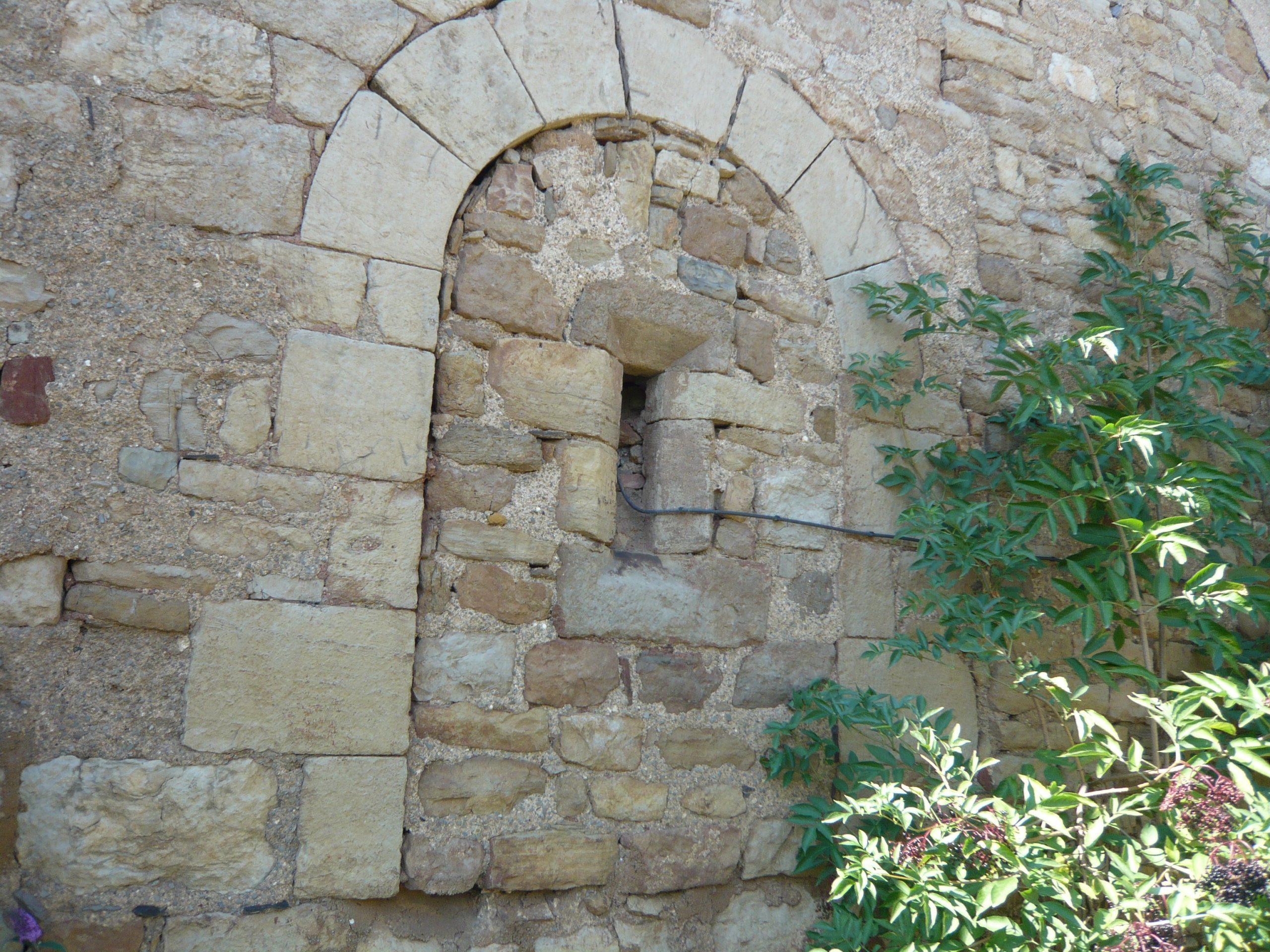 La Maison Albouy: Deux Arceaux Et Une Base De Tour destiné Arceau Jardin