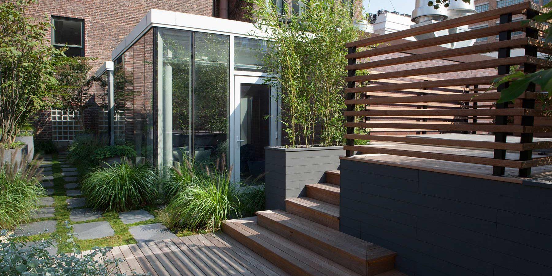 L'aménagement D'une Terrasse Avec Spa À Manhattan Par Le ... concernant Aménagement Jardin Avec Spa