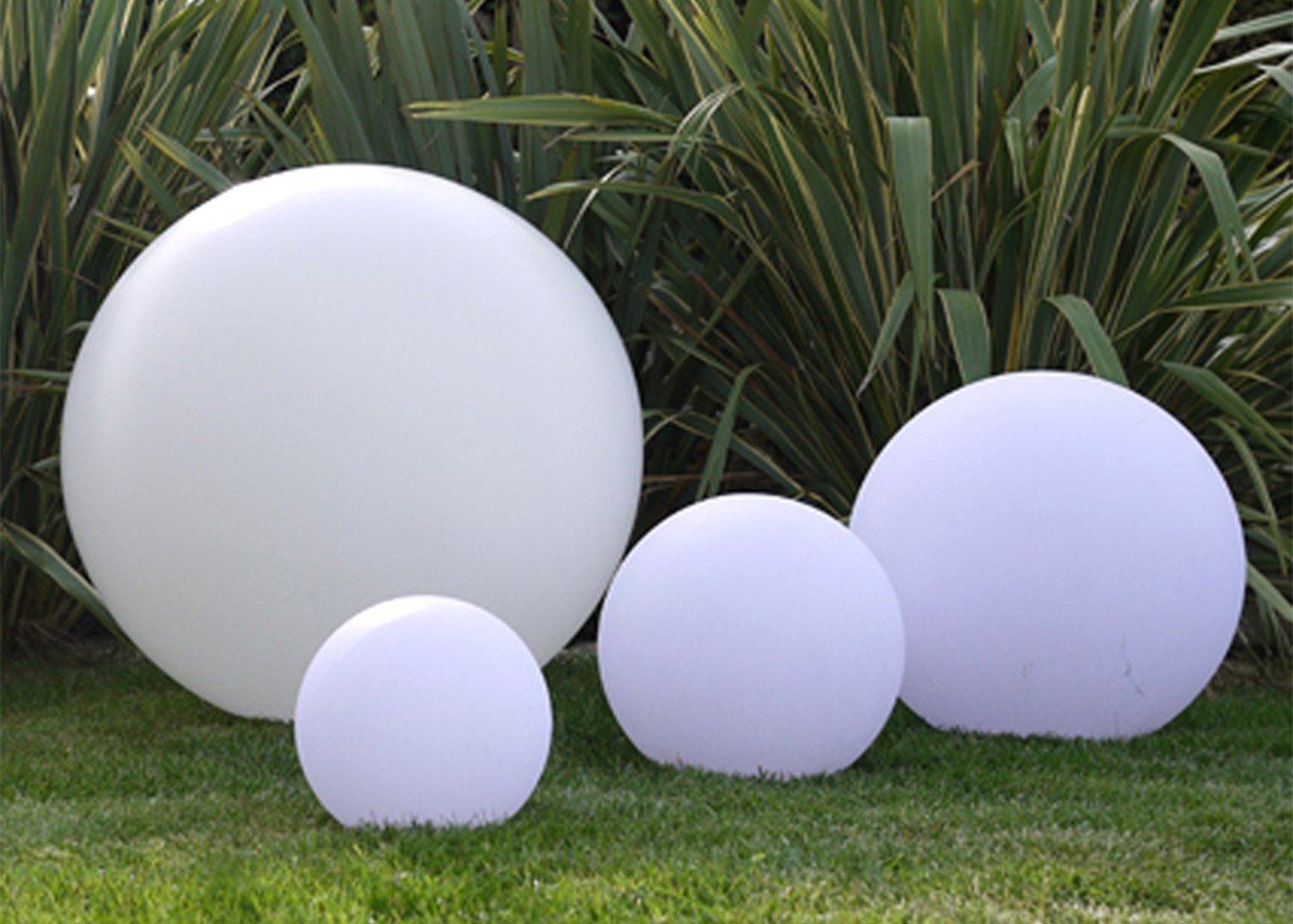 Lampe D'ambiance Sphère Lumineuse Zen Par Link encequiconcerne Boule Lumineuse Jardin