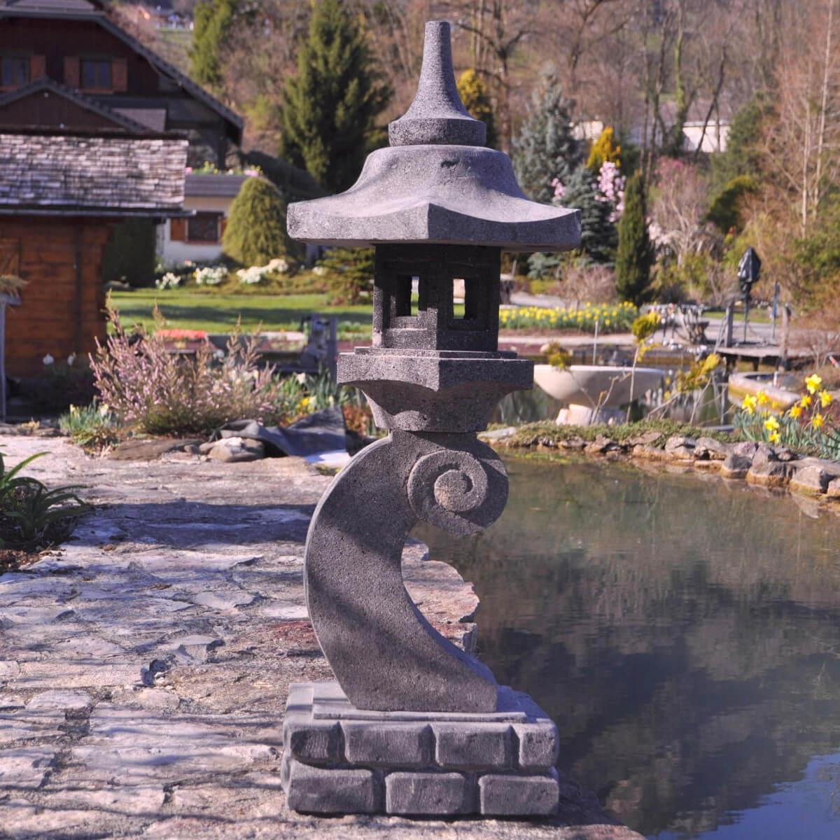 Lanterne Japonaise En Pierre De Lave 90 Cm Lampe Jardin Terrasse serapportantà Lanterne Pierre Jardin Japonais