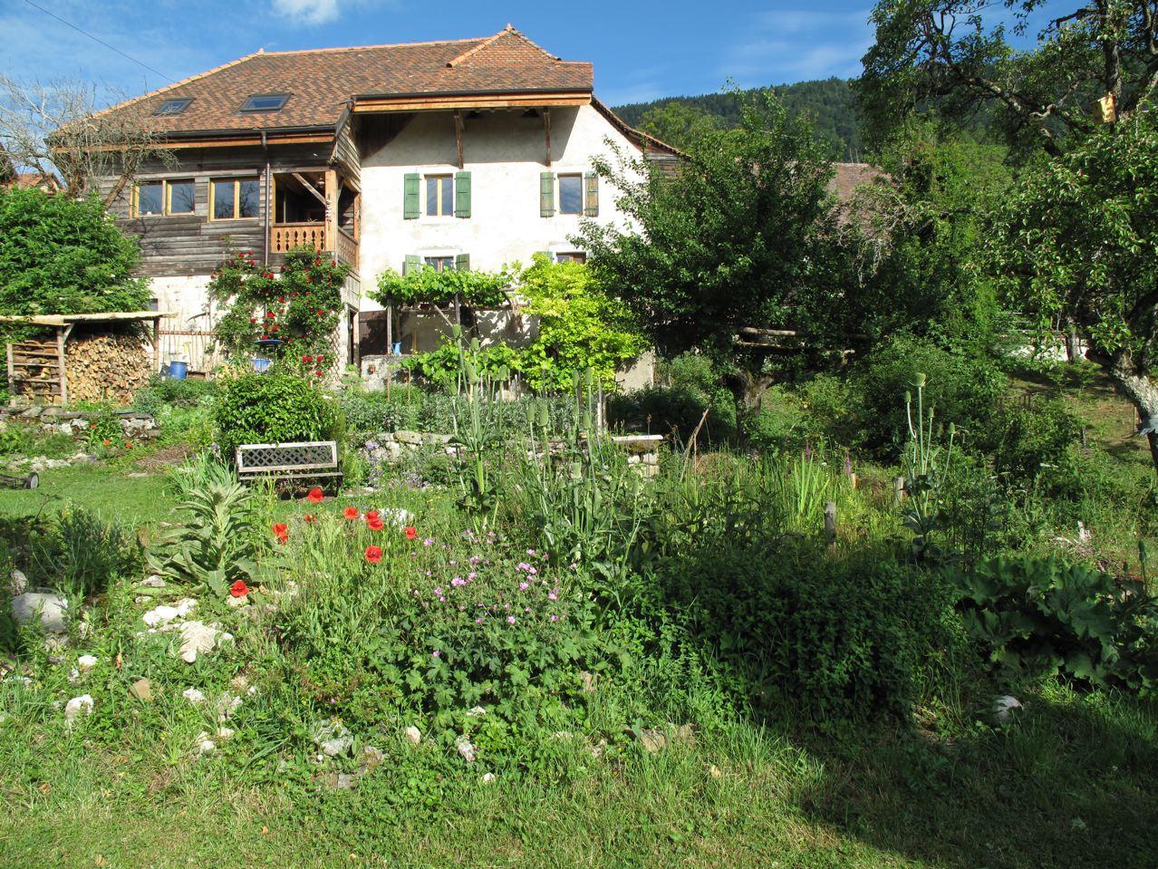 Le Jardin Naturel serapportantà La Chaux Pour Le Jardin
