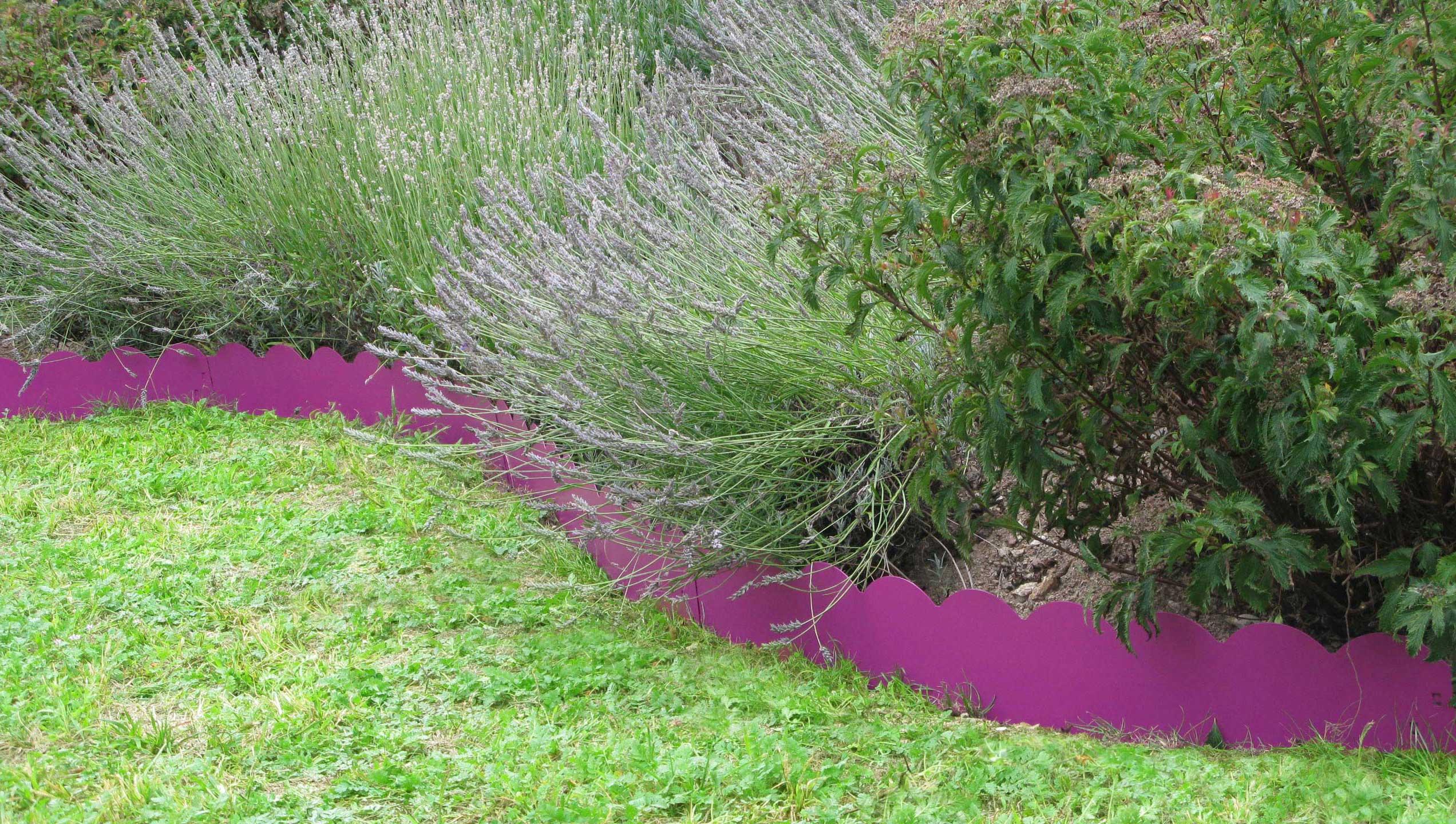 Les Conseils Pratiques De Jardin Et Saisons Pour Installer ... pour Bordure Jardin Zinc