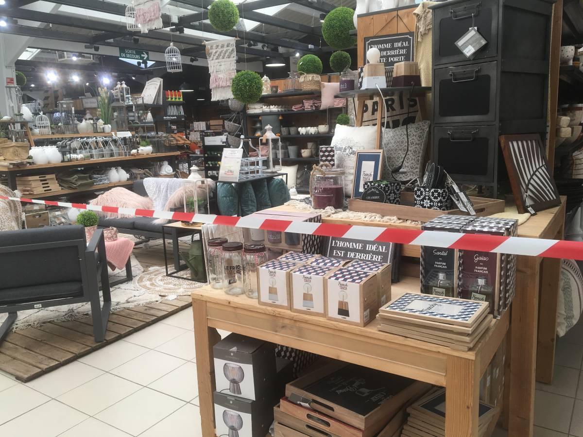 Les Jardineries De Clermont-Ferrand Ouvertes Uniquement Pour ... tout Chariot De Jardin Jardiland