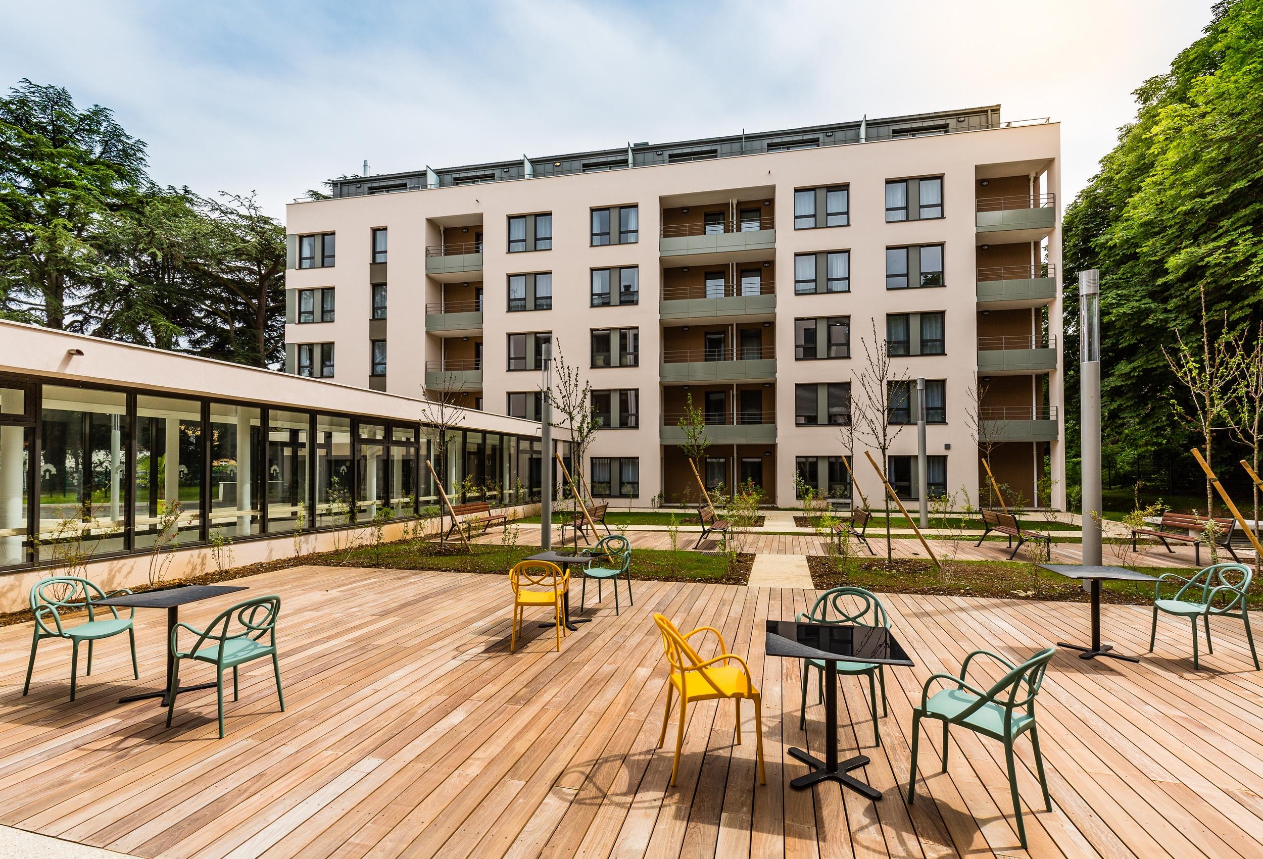 Les Jardins D Arcadie De Villefranche-Sur-Saone - Residence Le Clos Des  Cedres serapportantà Tarif Les Jardins D Arcadie