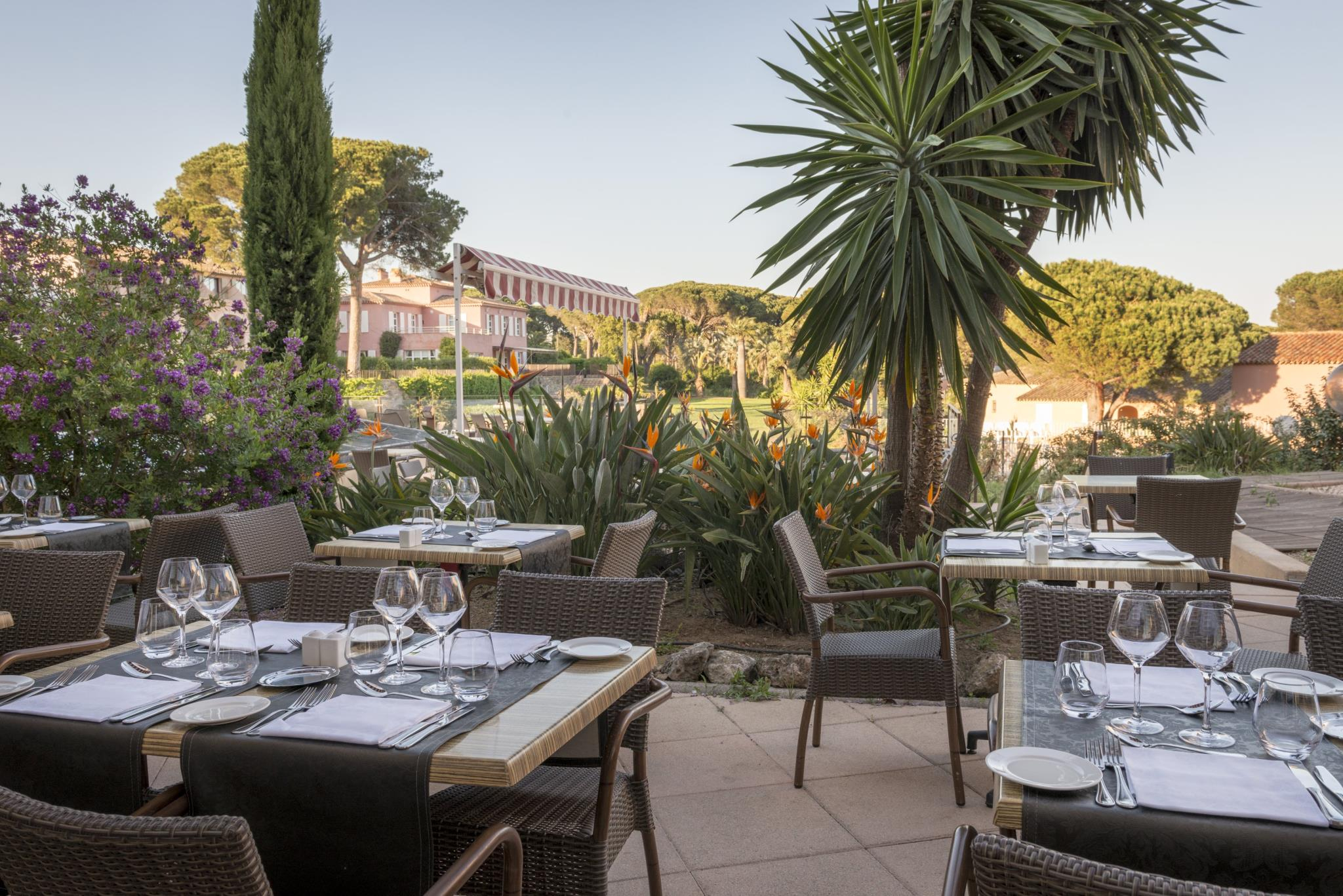 Les Jardins De Sainte Maxime: Deals & Booking   Om.wego concernant Hotel Les Jardins De Sainte Maxime