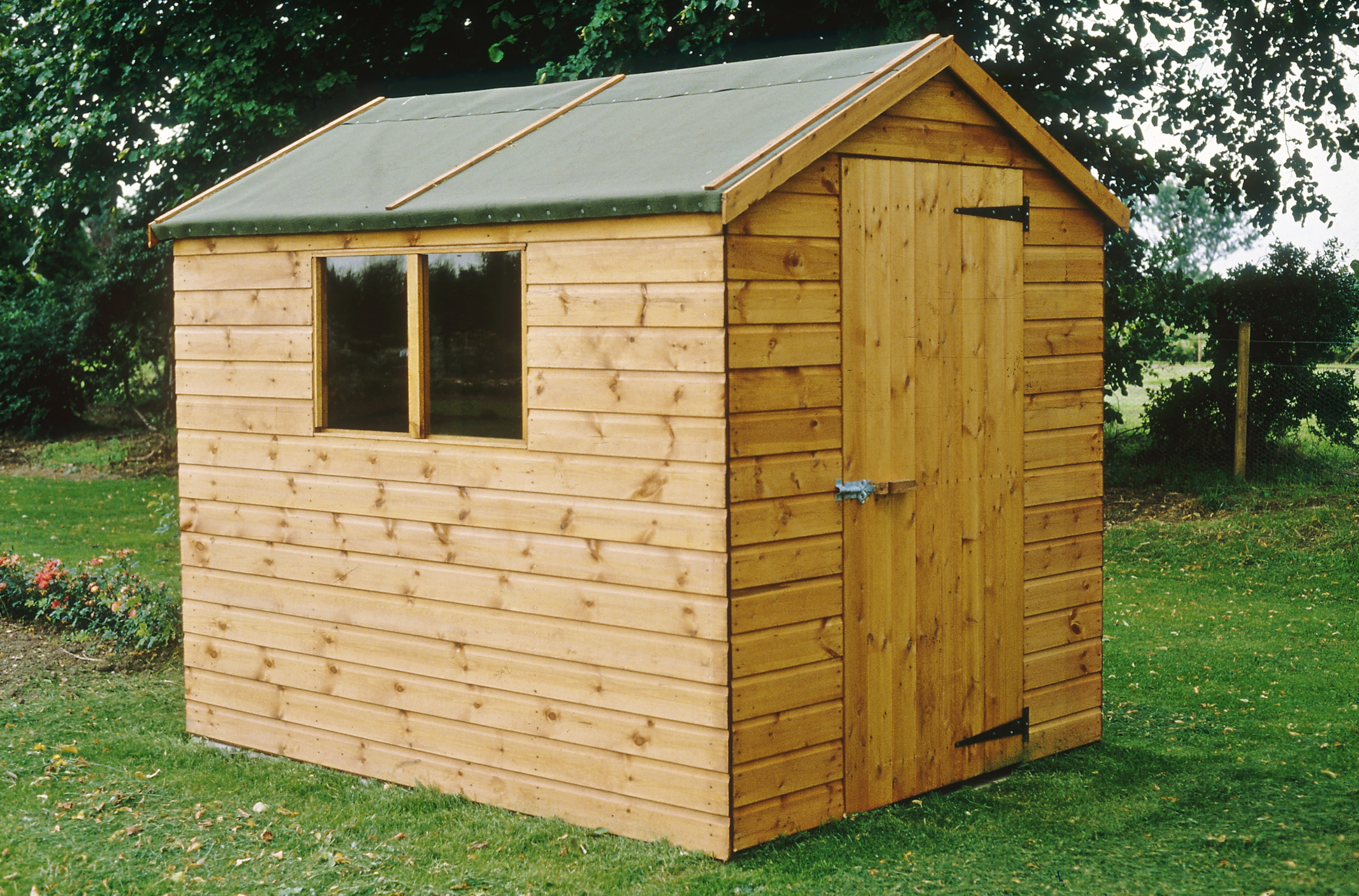 Les Matériaux Pour Construire Un Abri De Jardin intérieur Construire Une Cabane De Jardin