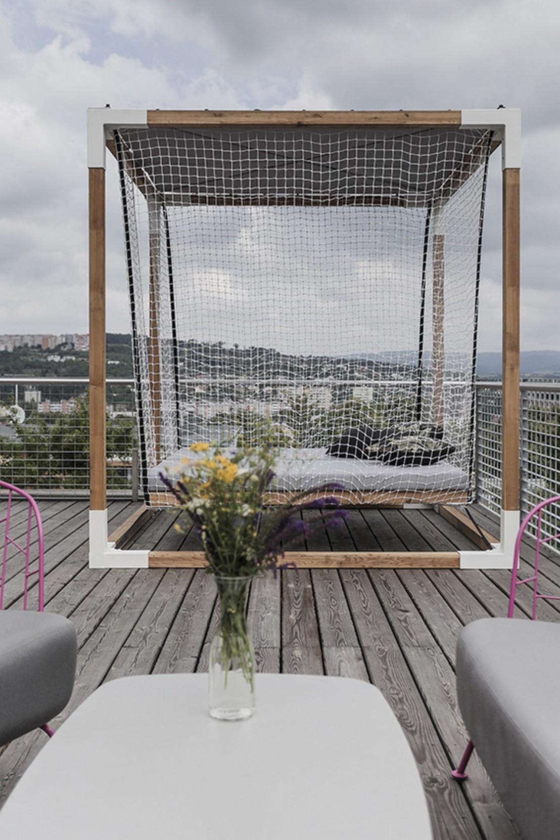 Lit De Jardin Hamac Suspendu En Cage Leva : Mobilier De ... encequiconcerne Lit Suspendu Jardin