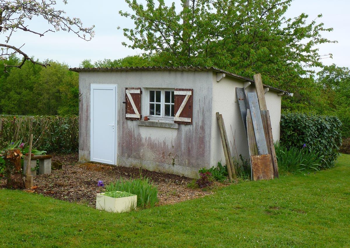 Living The Life In Saint-Aignan: Abri, Cabane, Cabanon... tout Abri De Jardin Nice