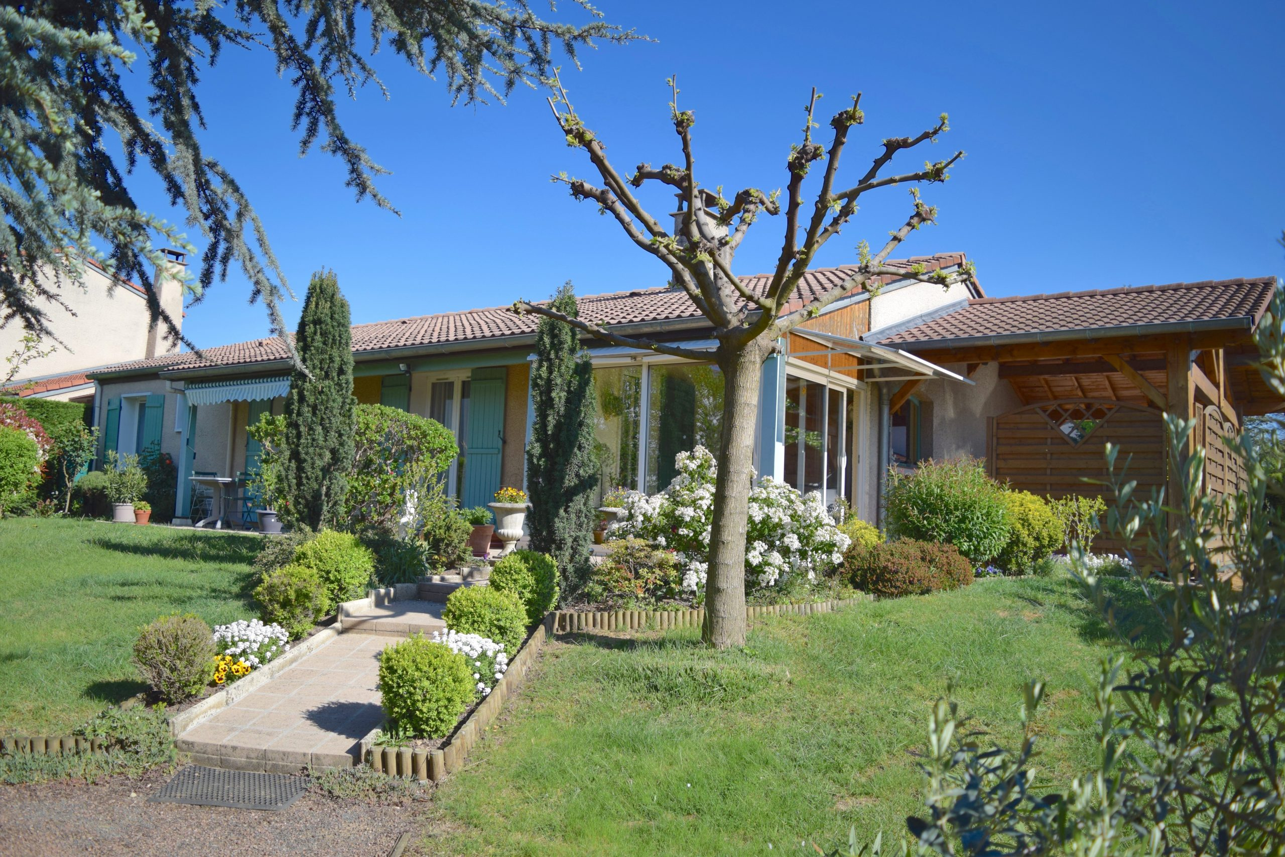 Location Appartement En Rez De Jardin Lentilly 69210 ... pour Location Rez De Jardin Lyon