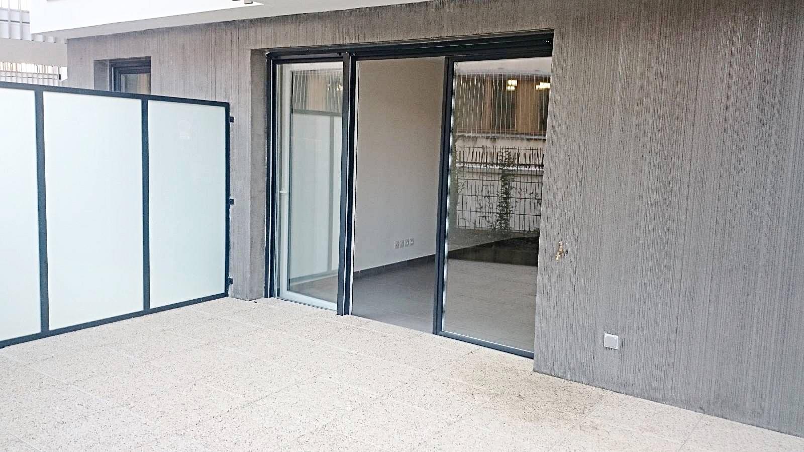 Location Appartement T2 Ecully Rue De Charrière Blanche ... encequiconcerne Location Rez De Jardin Lyon