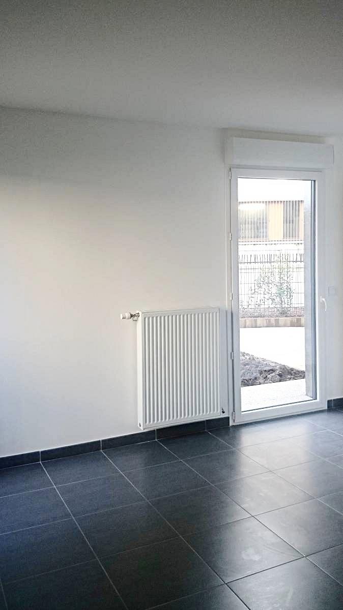 Location Appartement T2 Ecully Rue De Charrière Blanche ... tout Location Rez De Jardin Lyon
