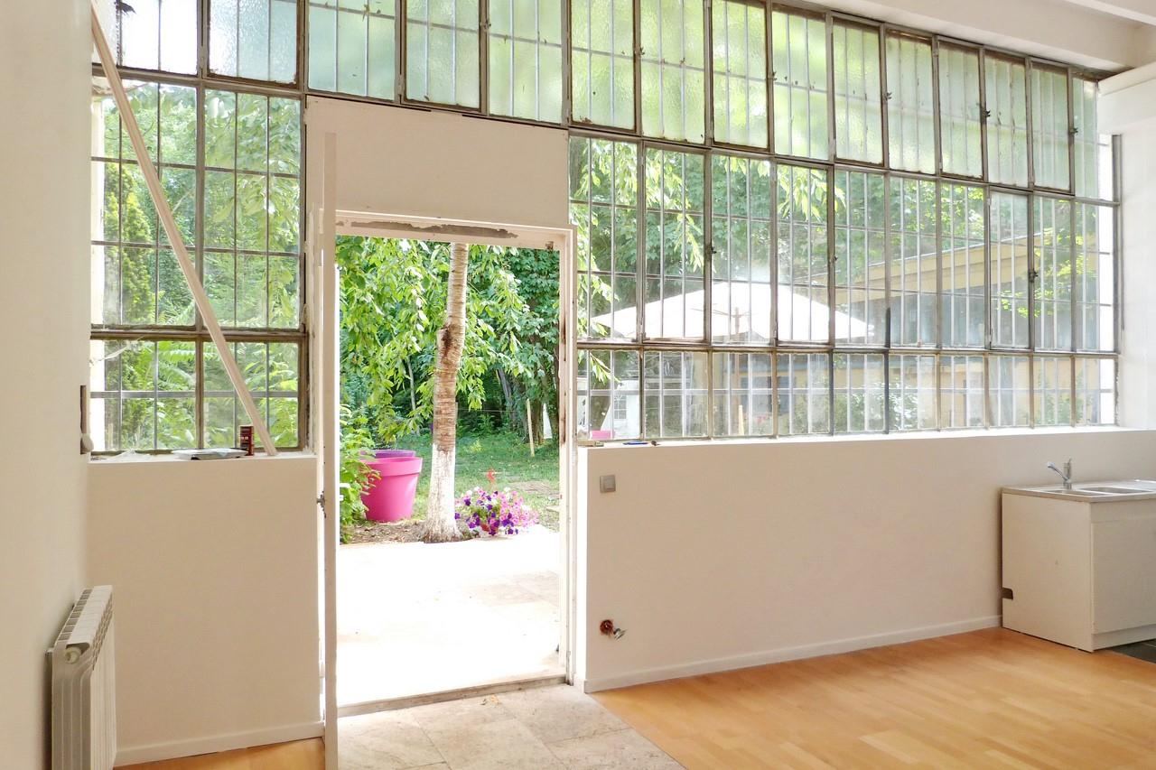 Loft 95M² Avec Jardin Et Terrasse 150M² Dans Résidence De ... à Serre De Jardin Ancienne A Vendre