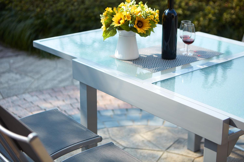 Lycine 4 : Table De Jardin Extensible En Aluminium 8 Personnes + 4 Chaises encequiconcerne Table Jardin 4 Personnes