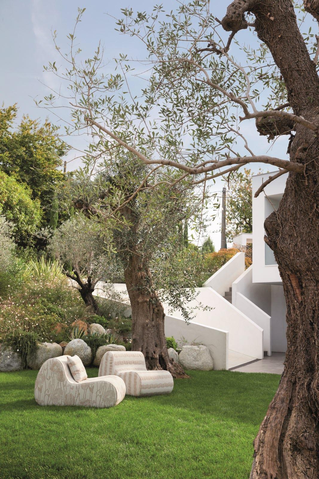 Magazine Lifestyle | Aménagement De Jardin : Trouvez Votre ... avec Amphore De Jardin