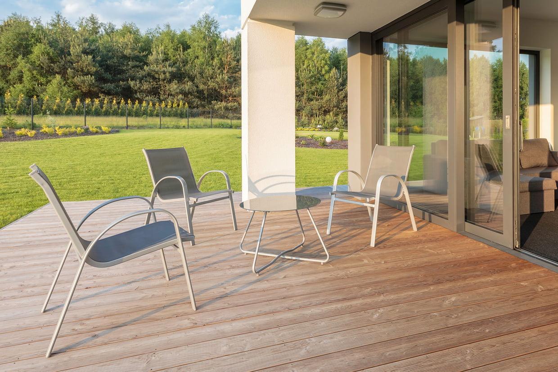 Meilleur Salon De Jardin En Aluminium : Bien Choisir, Nos ... tout Table Jardin 4 Personnes