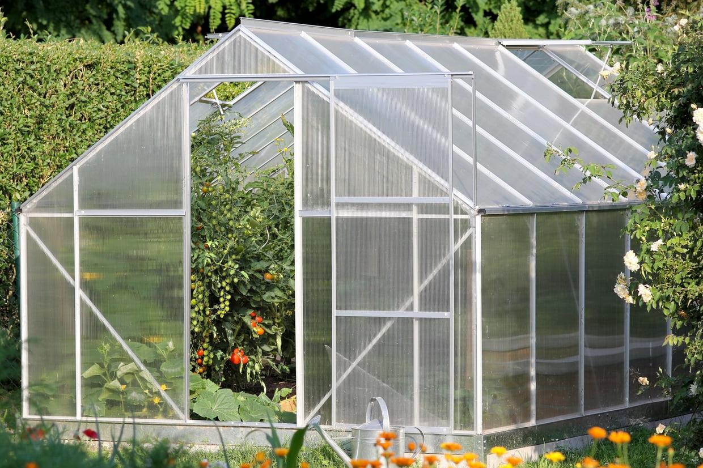 Meilleure Serre De Jardin : Notre Sélection Des Bons Plans ... concernant Serre De Jardin Polycarbonate Pas Cher