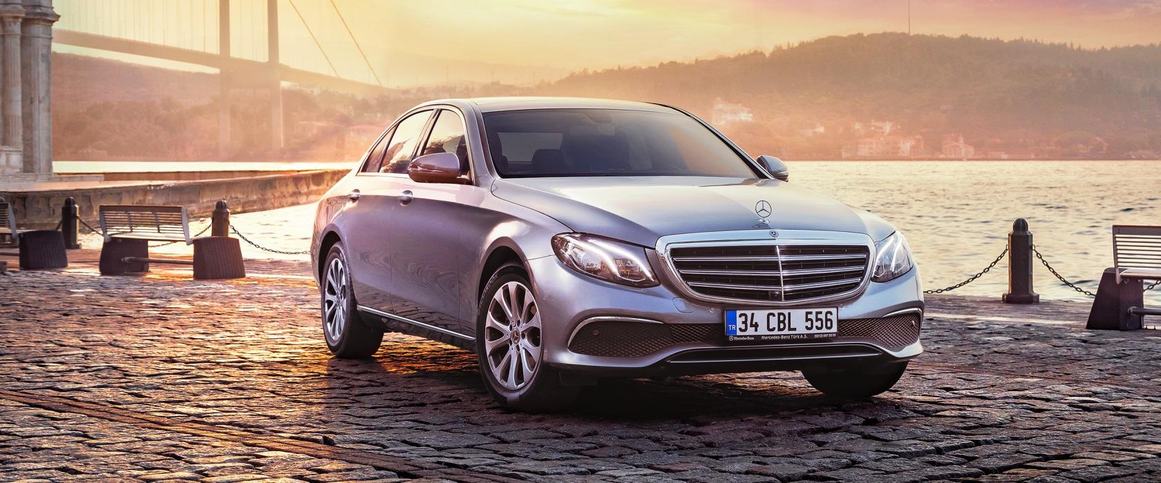 Mercedes-Benz serapportantà Super U Salon De Jardin