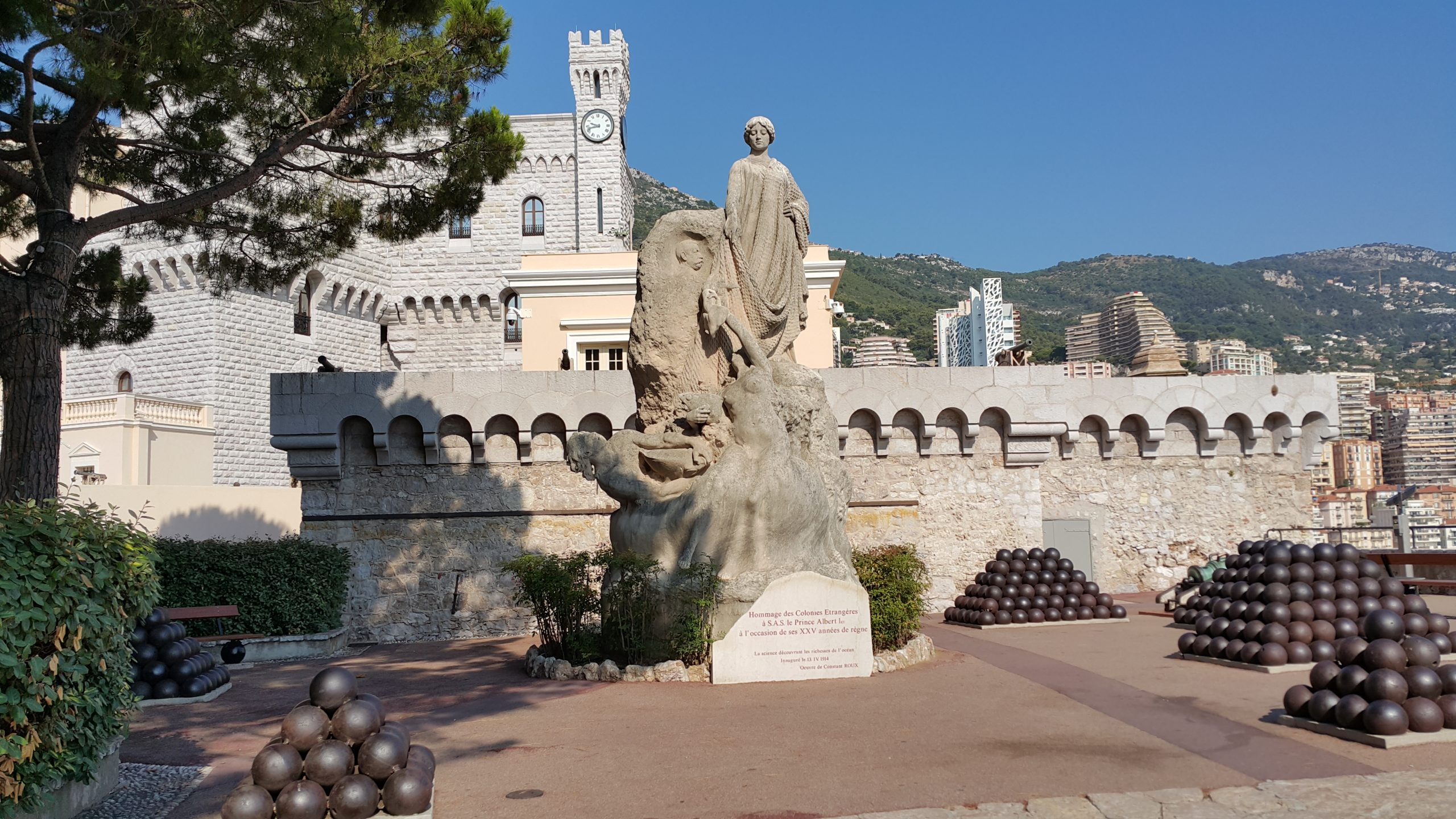 Monako Gezi Rehberi; Şu Kadarcık Ülke Yapmışlar | concernant Statues De Jardin Occasion