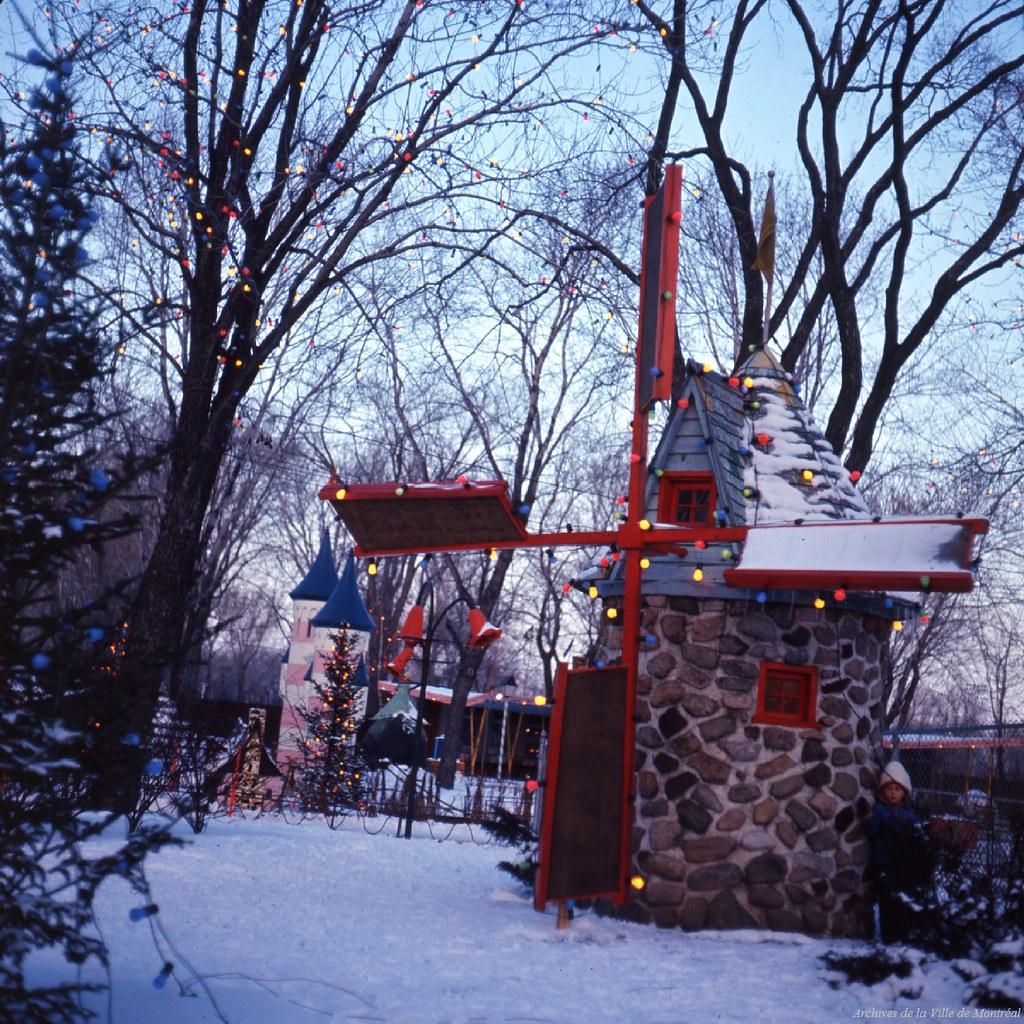 Moulin À Vent, Jardin Des Merveilles. Vm94-Ad037-102. Arch ... avec Moulin A Vent Jardin