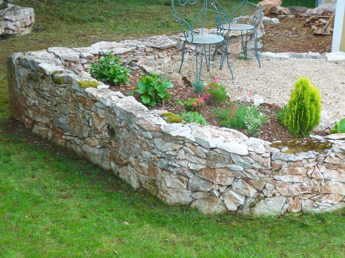 Murets En Pierres Sèches - Dry Stone Wall - Blog De Travaux ... pour Petit Muret En Pierre Pour Jardin