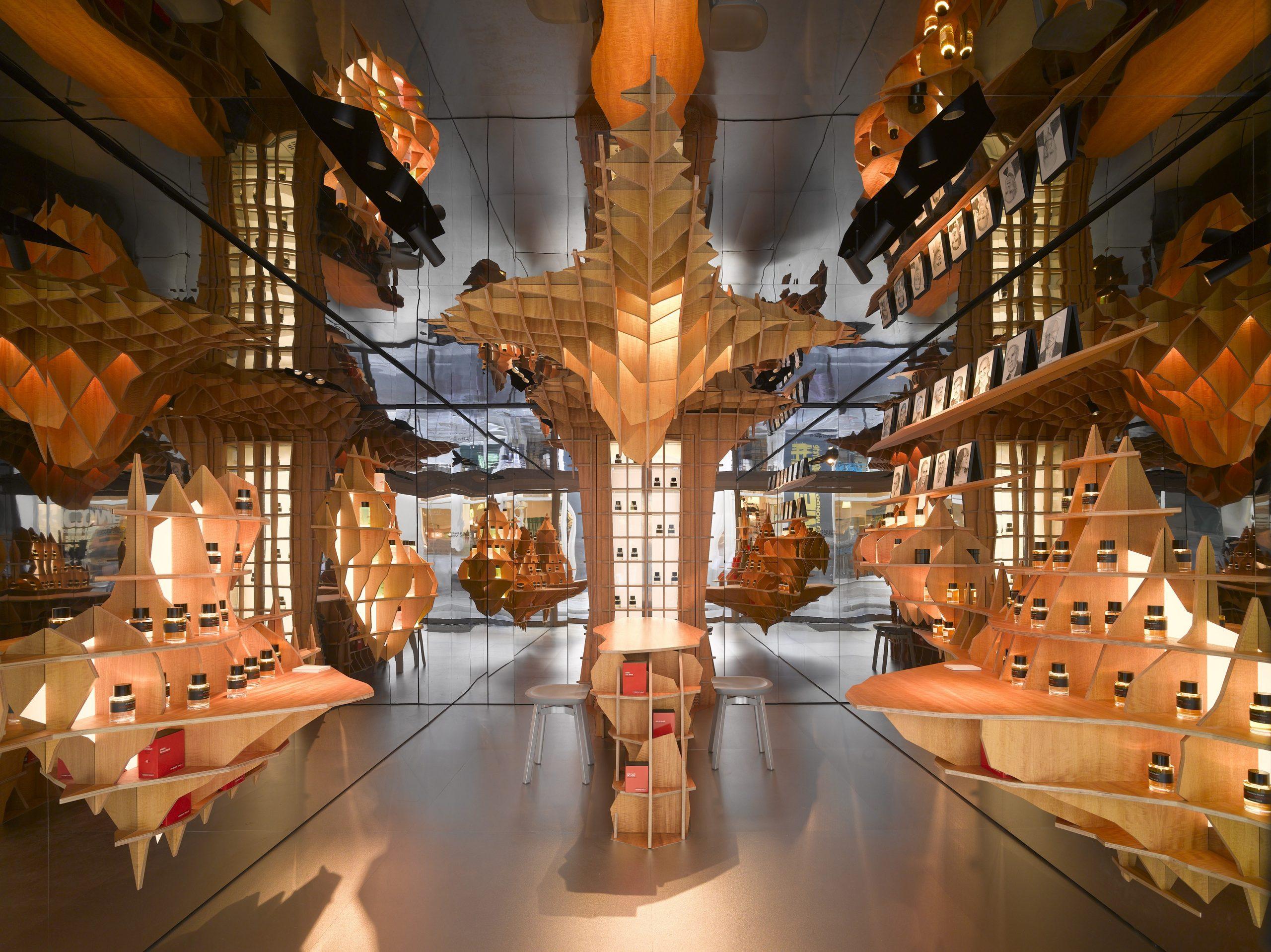 New Shop In Paris For Les Editions De Parfums Frédéric Malle ... concernant Malle De Jardin