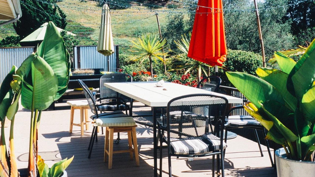 Nos Conseils Pour Aménager Une Terrasse À Ambiance ... encequiconcerne Salon De Jardin Romantique