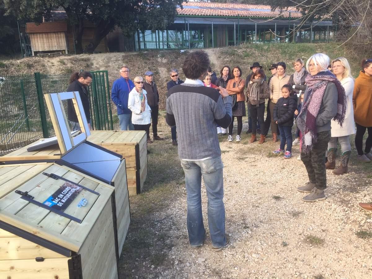 Nouveau Composteur Devant Le Jardin Partagé - Le Blog De La ... pour Composteur De Jardin